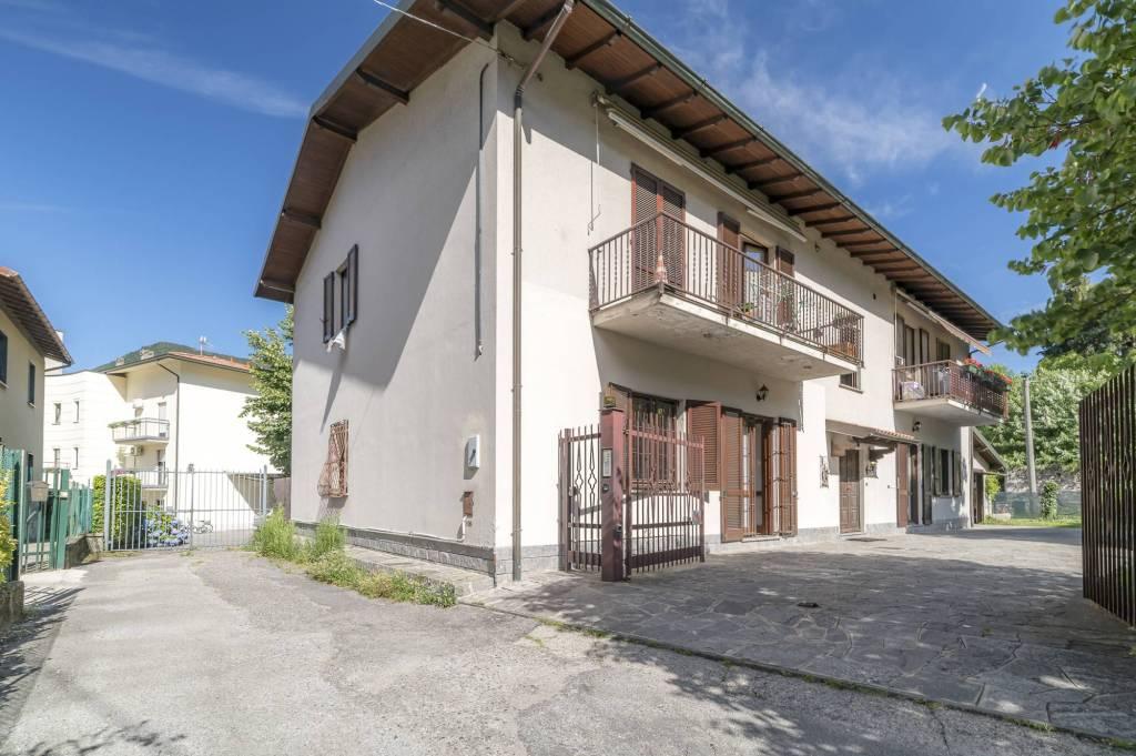 Appartamento in buone condizioni in vendita Rif. 7770857