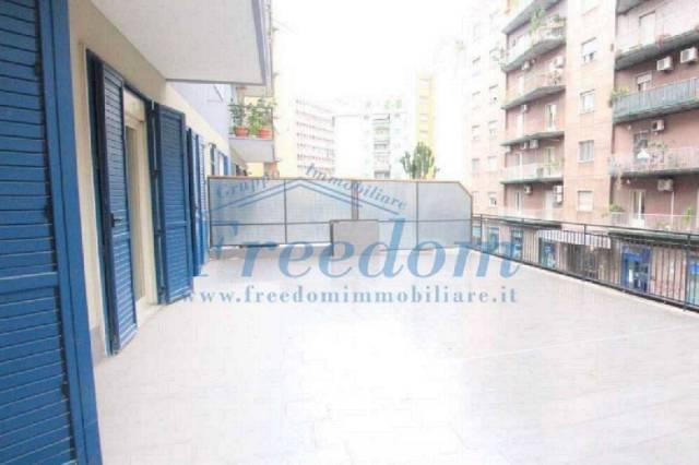 Appartamento in Vendita a Catania Centro: 4 locali, 105 mq