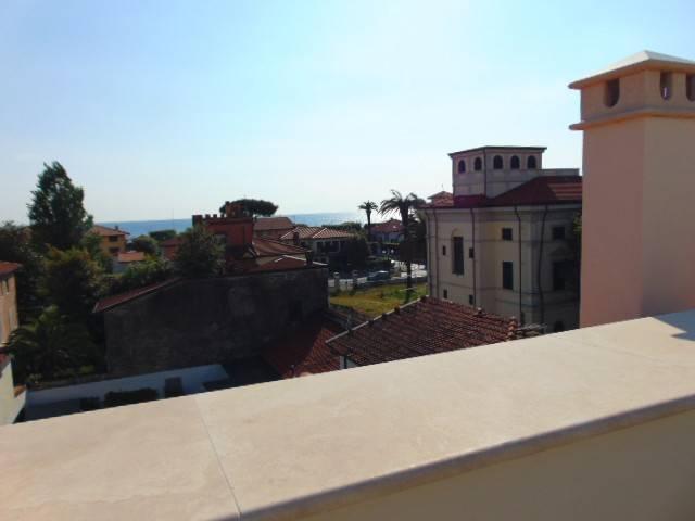 Attico / Mansarda in vendita a Forte dei Marmi, 4 locali, prezzo € 1.800.000 | PortaleAgenzieImmobiliari.it