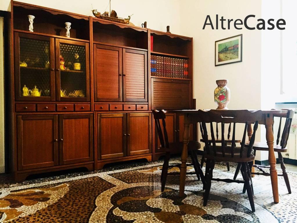 Appartamento in buone condizioni arredato in affitto Rif. 7414374