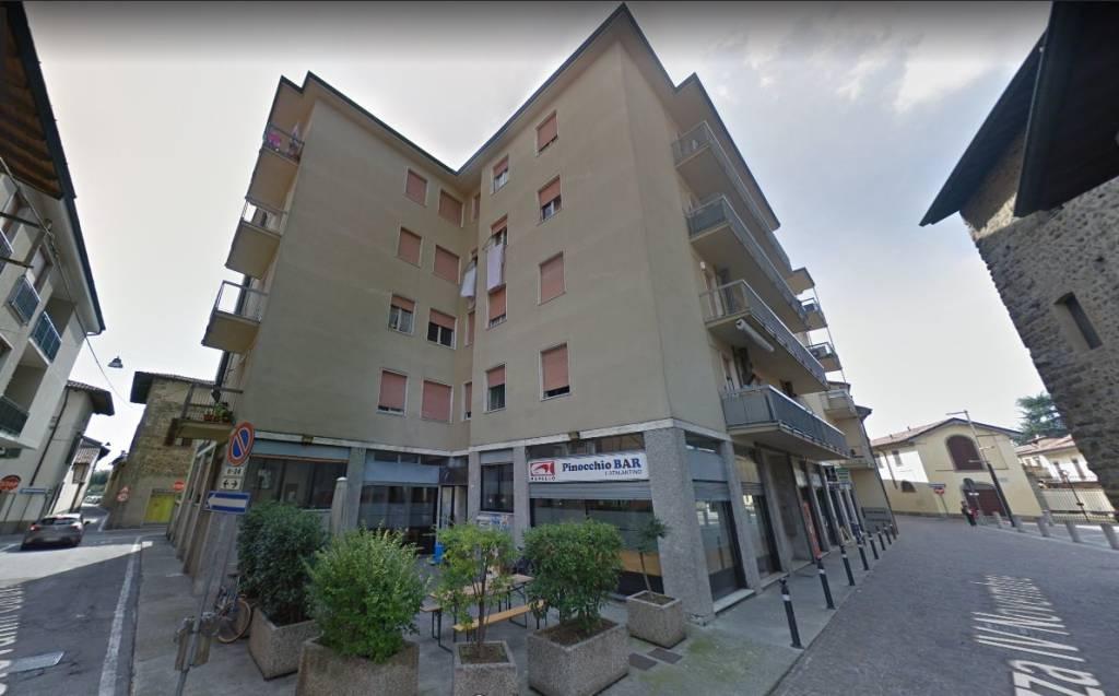 Appartamento in buone condizioni in vendita Rif. 7552863