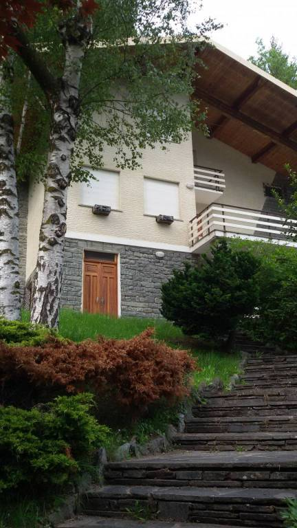 Foto 1 di Villa via Masone 55, Ala Di Stura