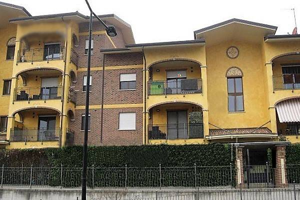 Appartamento in ottime condizioni in vendita Rif. 7084083