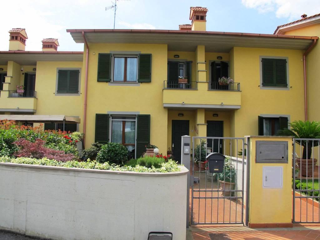 Villetta in Vendita a Pistoia Periferia Ovest: 5 locali, 157 mq