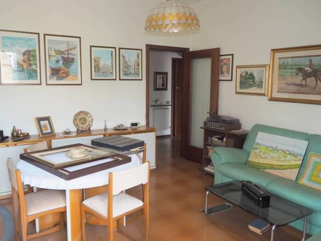 Appartamento in ottime condizioni parzialmente arredato in vendita Rif. 7083556