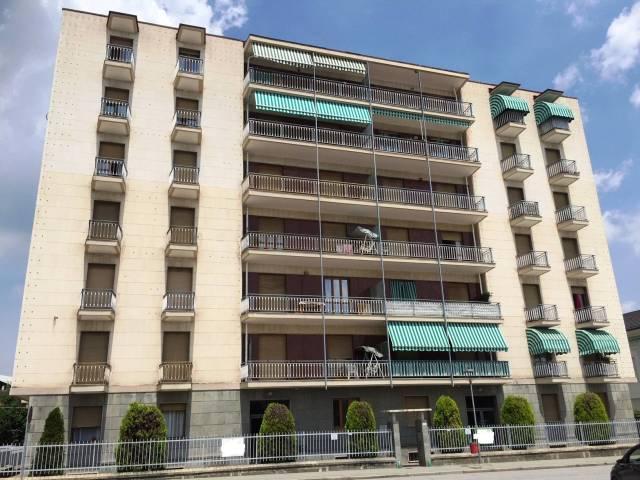 Appartamento in buone condizioni arredato in affitto Rif. 7085355