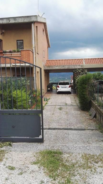 Villa a Schiera in vendita a Torrita Tiberina, 4 locali, prezzo € 169.000 | CambioCasa.it