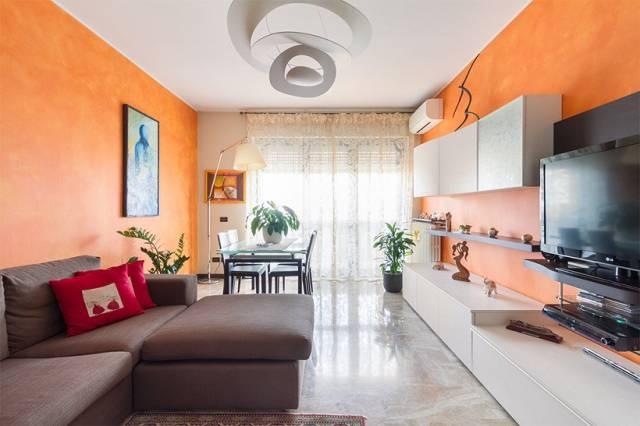 Appartamento in ottime condizioni in vendita Rif. 7326936
