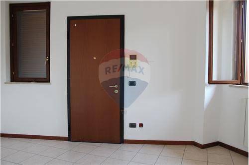 Appartamento in ottime condizioni in vendita Rif. 7797993