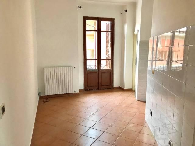 Appartamento in buone condizioni in affitto Rif. 7086732
