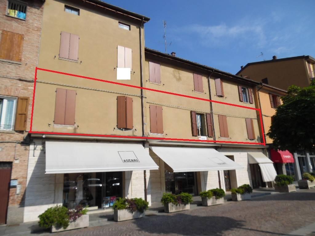 RIF. A500 - Appartamento in Piazza Caduti
