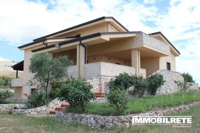 Villa in ottime condizioni in vendita Rif. 7084697