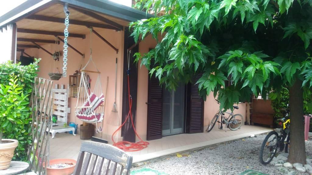 Appartamento in ottime condizioni in vendita Rif. 8962707