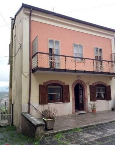 Villa in buone condizioni in vendita Rif. 7097730