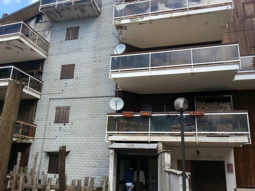 Appartamento in vendita a Subiaco, 3 locali, prezzo € 40.000 | CambioCasa.it
