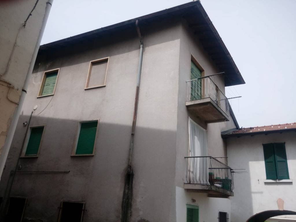 Appartamento in vendita a Bulgarograsso, 2 locali, prezzo € 29.500 | PortaleAgenzieImmobiliari.it