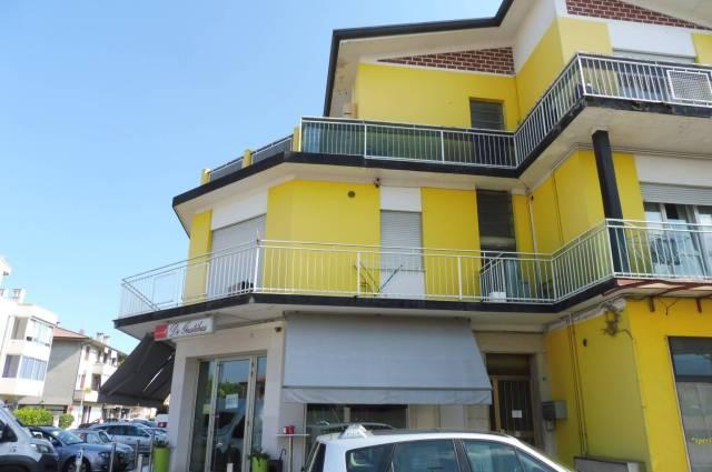 Appartamento in vendita a Romano d'Ezzelino, 2 locali, prezzo € 60.000   CambioCasa.it