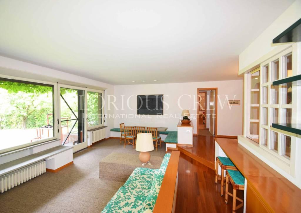 Appartamento in buone condizioni arredato in vendita Rif. 7095457