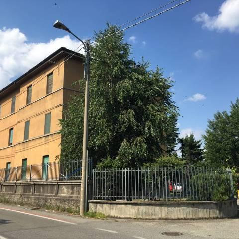 Appartamento in buone condizioni parzialmente arredato in vendita Rif. 7092469