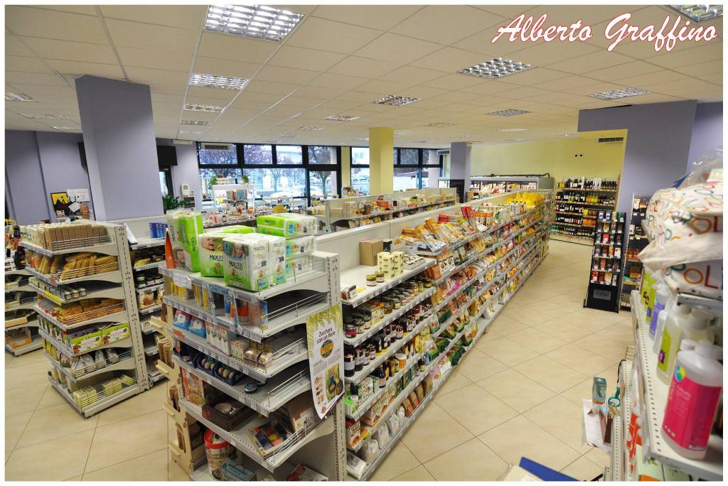 Attività / Licenza in vendita a Ciriè, 6 locali, prezzo € 219.000 | CambioCasa.it