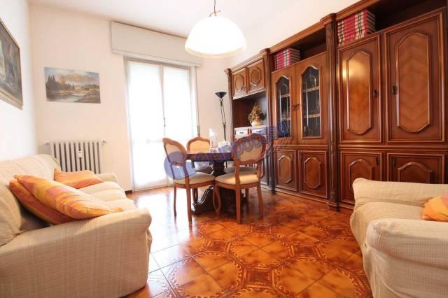 Appartamento in buone condizioni arredato in vendita Rif. 7092552