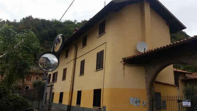 Rustico / Casale in vendita a Adro, 2 locali, prezzo € 89.000   CambioCasa.it