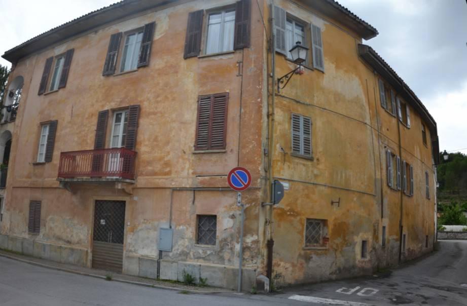 Negozio / Locale in affitto a Bagnasco, 3 locali, Trattative riservate | PortaleAgenzieImmobiliari.it