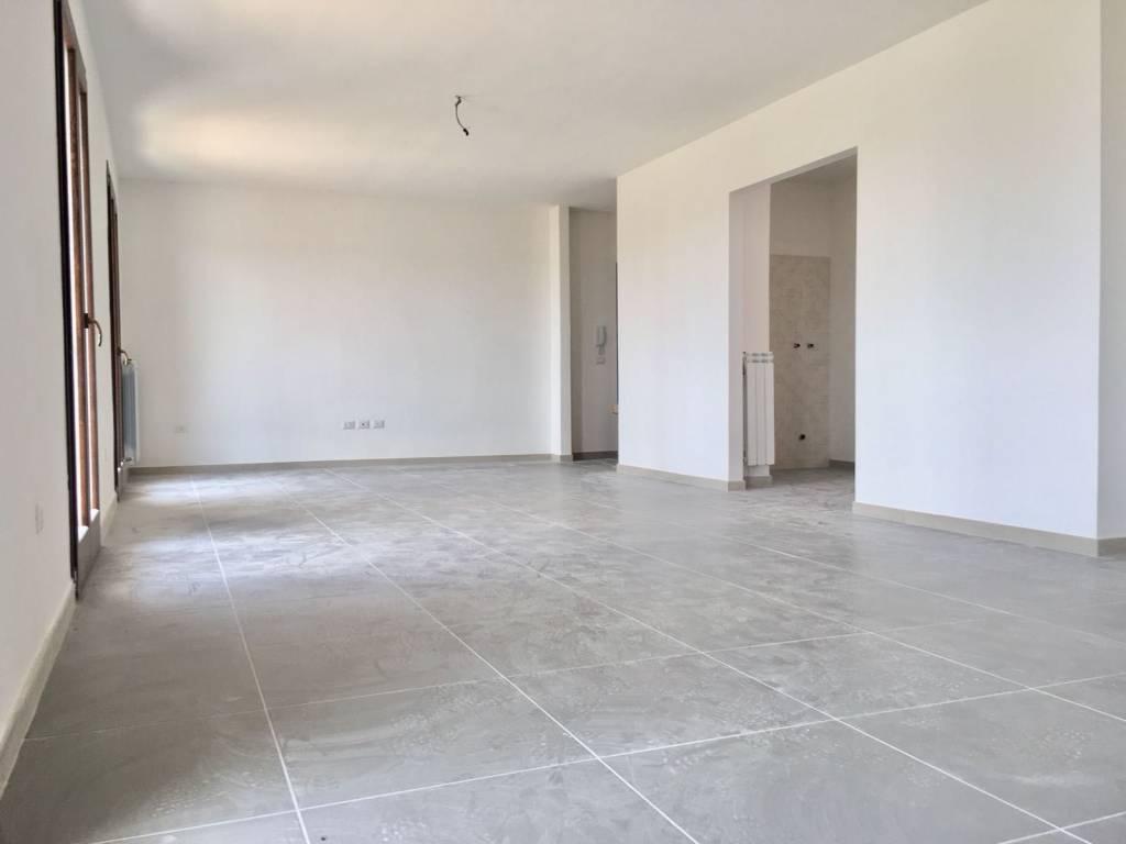 Appartamento in vendita a Lequile, 4 locali, prezzo € 135.000 | CambioCasa.it