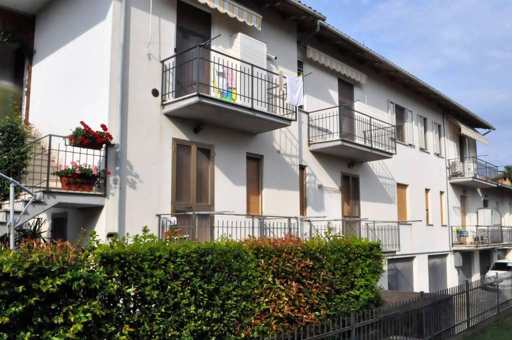 Appartamento in buone condizioni in vendita Rif. 7093796