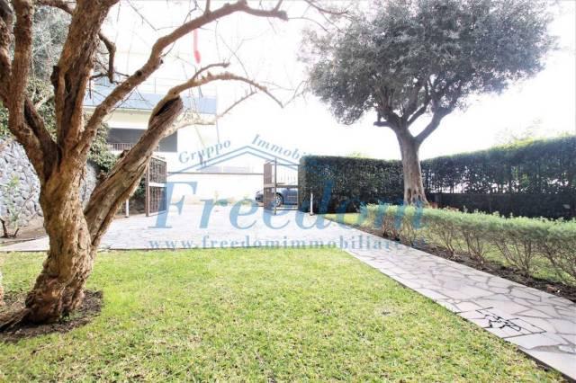 Villa in Vendita a Tremestieri Etneo Centro: 5 locali, 200 mq