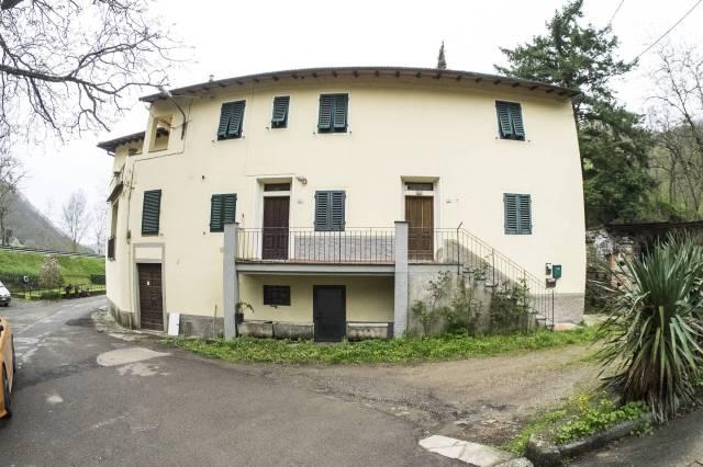 Appartamento in ottime condizioni in vendita Rif. 7096297