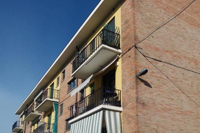 Appartamento in buone condizioni parzialmente arredato in vendita Rif. 7111604