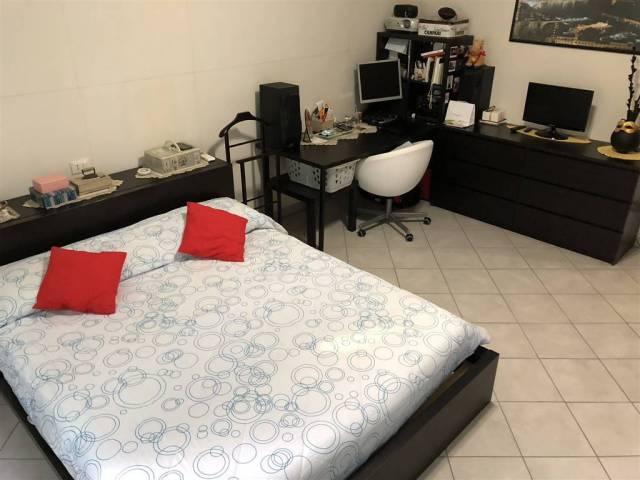 Appartamento in ottime condizioni in vendita Rif. 7106150