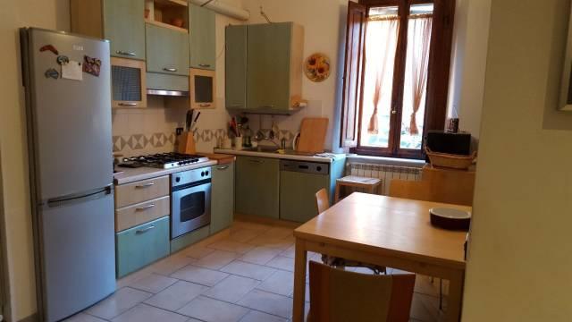 Appartamento in ottime condizioni in affitto Rif. 7111693