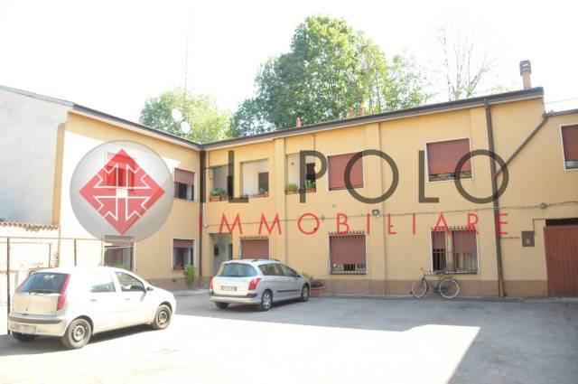 Appartamento da ristrutturare in vendita Rif. 7110970