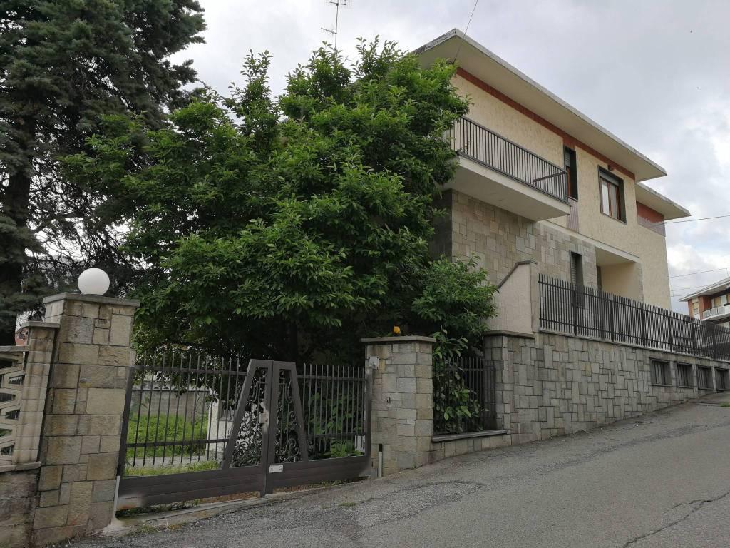 Foto 1 di Villa via Molinere 2, Lanzo Torinese