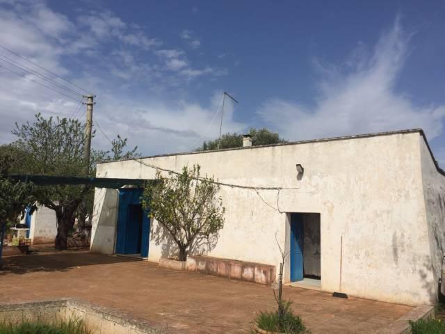 Rustico / Casale in buone condizioni in vendita Rif. 7108300