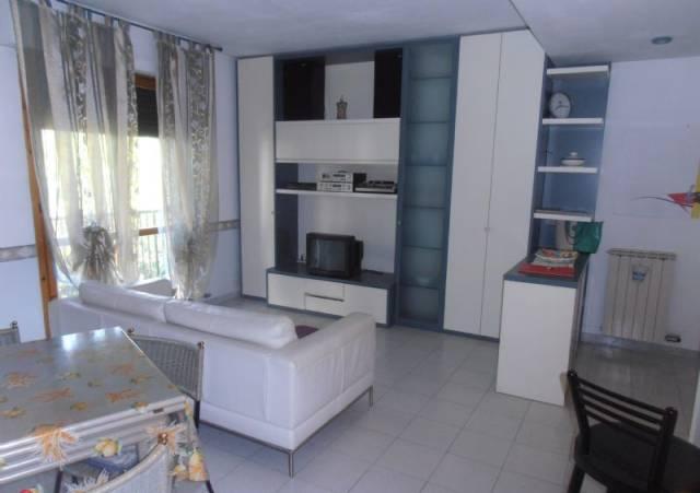 Appartamento in vendita a Santo Stefano di Magra, 4 locali, prezzo € 150.000 | CambioCasa.it