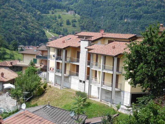Appartamento in ottime condizioni in vendita Rif. 7106211