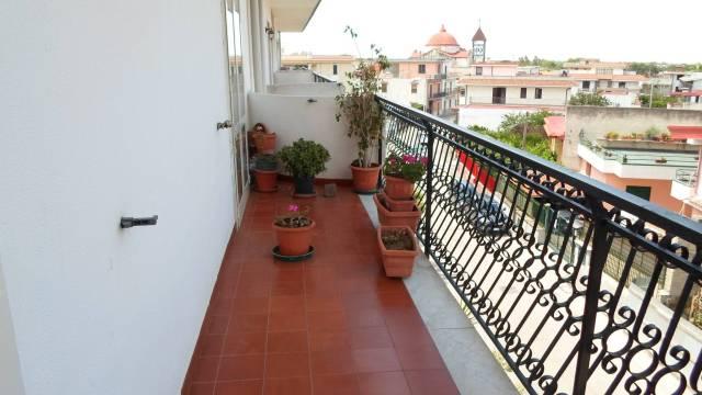 Appartamento in buone condizioni in vendita Rif. 7105697