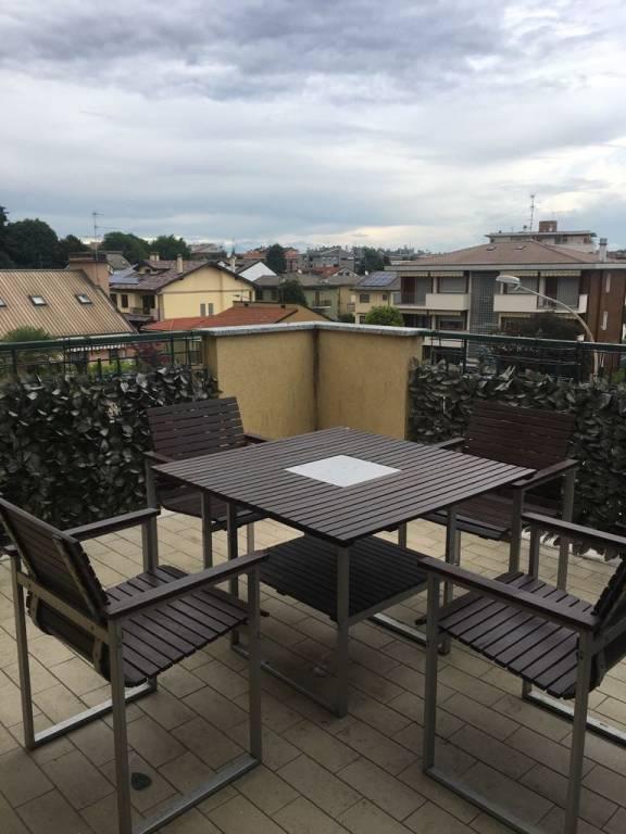 Appartamento in ottime condizioni in vendita Rif. 7107528