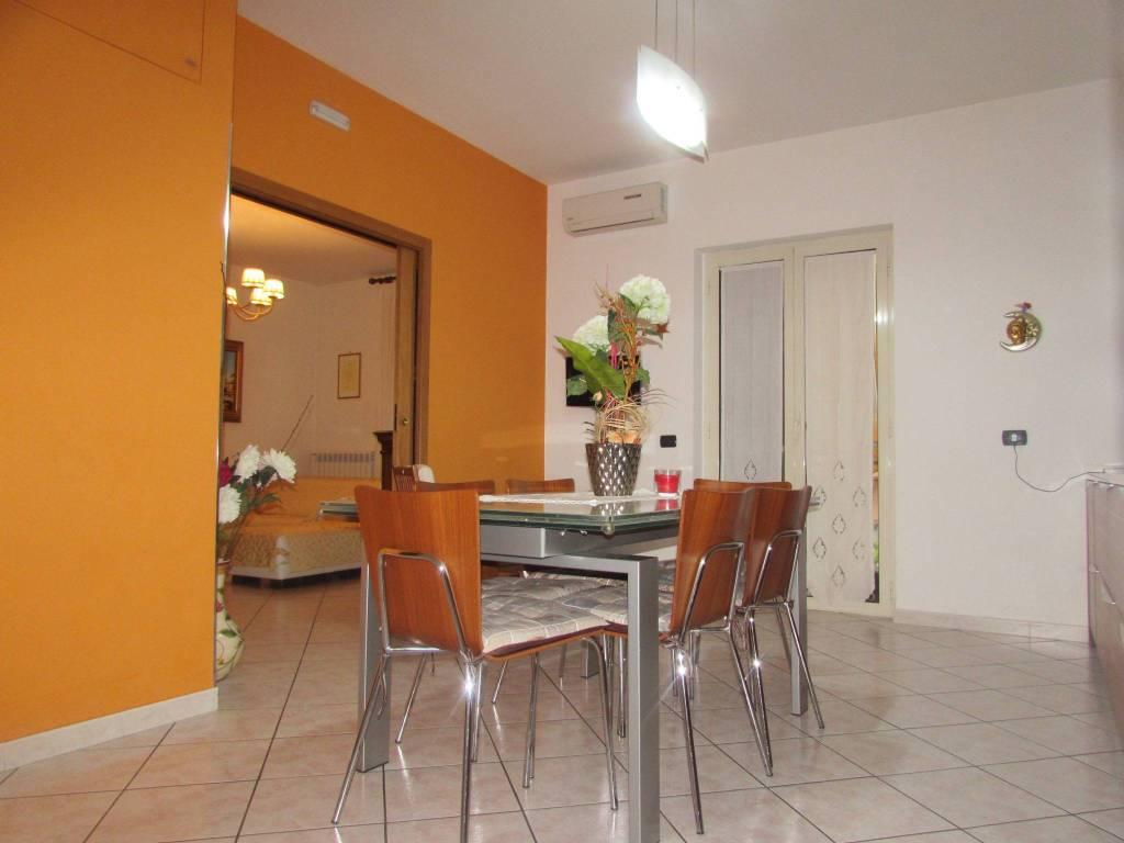 Appartamento in ottime condizioni in vendita Rif. 8413689