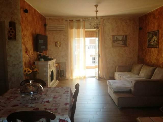Appartamento in vendita a Catania, 3 locali, prezzo € 174.000 | CambioCasa.it
