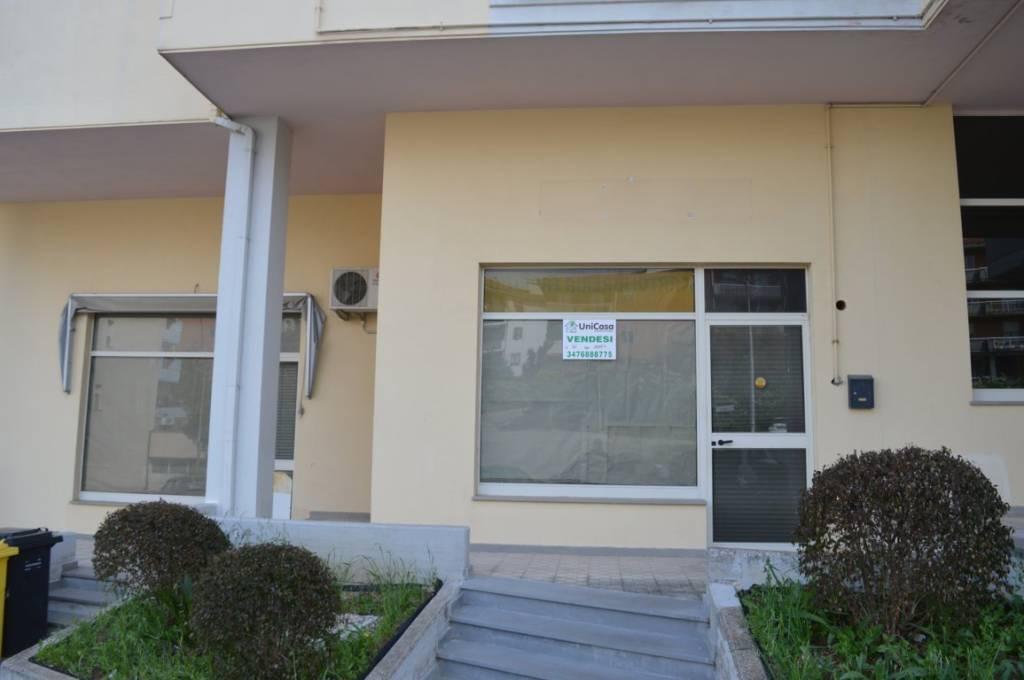 Locale commerciale in locazione Rif. 7126406