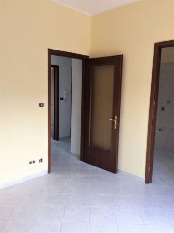 Appartamento in buone condizioni parzialmente arredato in affitto Rif. 7121357
