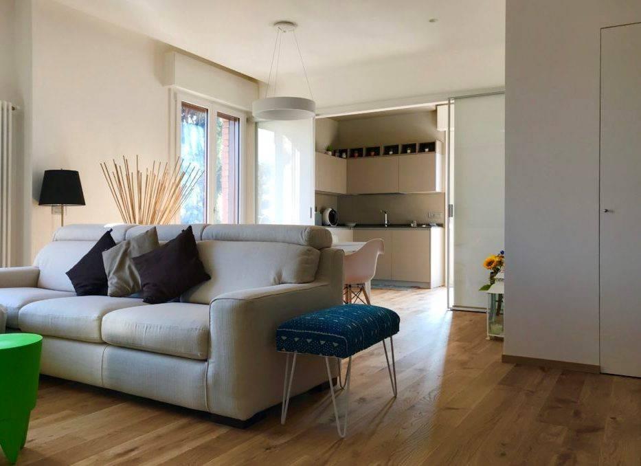 Appartamento in ottime condizioni in vendita Rif. 8774708