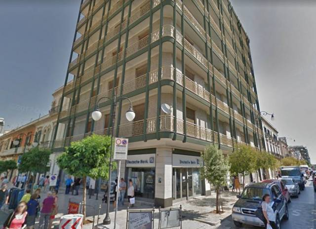 Appartamento in ottime condizioni arredato in affitto Rif. 7122007