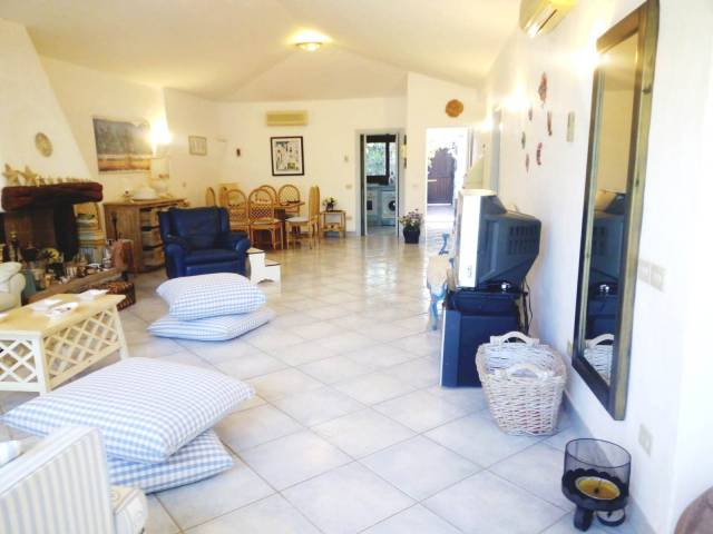Villa in ottime condizioni arredato in affitto Rif. 7175820