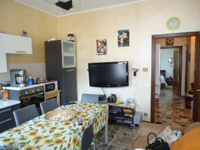 Appartamento in buone condizioni in vendita Rif. 7122287