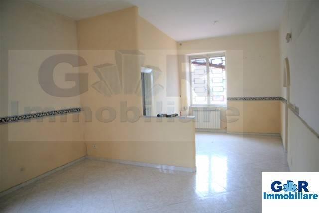 Appartamento in buone condizioni in vendita Rif. 7121903